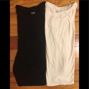 Black and white Gap flutter T-shirt's